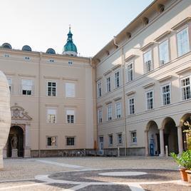 Salzburg Management Business School